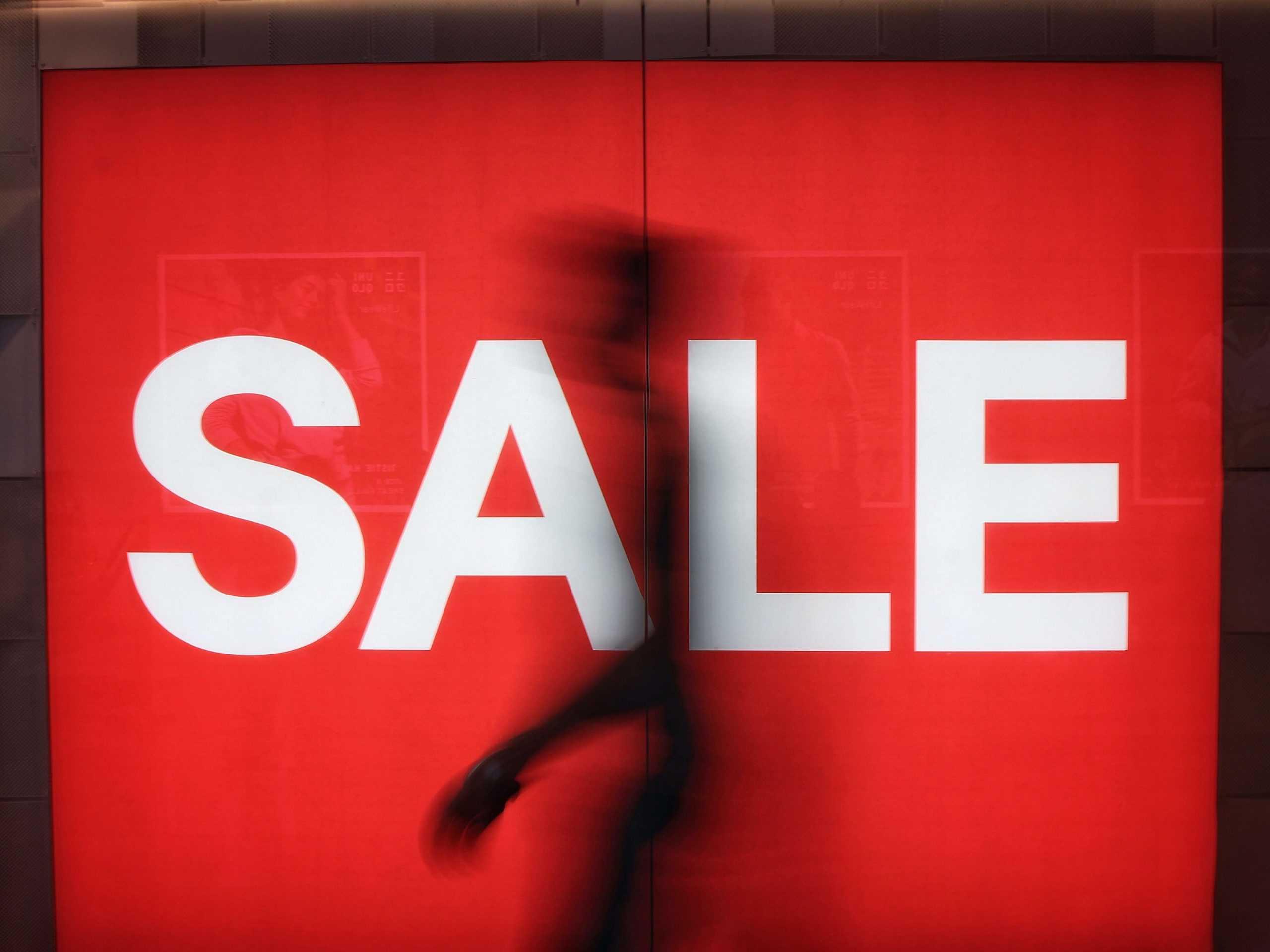 Как экономить на одежде в кризис?